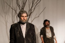 Tom Steward (Vladimir/Didi) with Joe Powers (Estragon/Gogo); Photo by Jim Carmody